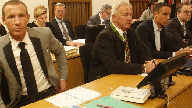 Verurteilt: Stefan Petzner, Gerhard Dörfler, Uwe Scheuch und Harald Dobernig (Bild: Kronen Zeitung)