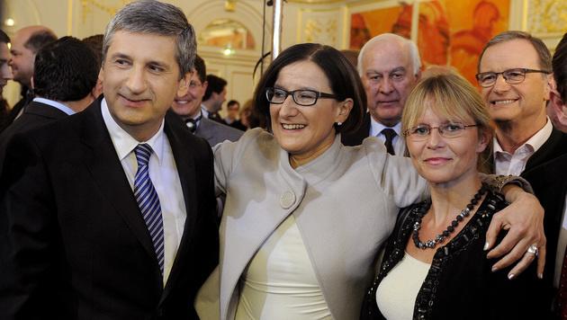 Niederösterreich bekommt erstmals Landeshauptfrau (Bild: APA/HERBERT PFARRHOFER)