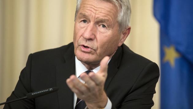 Fake News: Europarat-Chef warnt vor Zensur (Bild: AP)