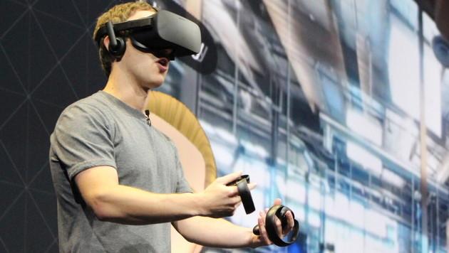 Zuckerberg verteidigt Oculus-Macher vor Gericht (Bild: AFP)