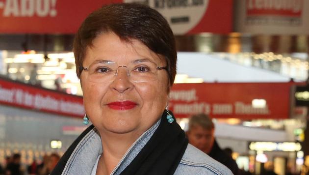 """""""Krone""""-Interview: Renate ganz braun(er) gebrannt (Bild: zwefo)"""