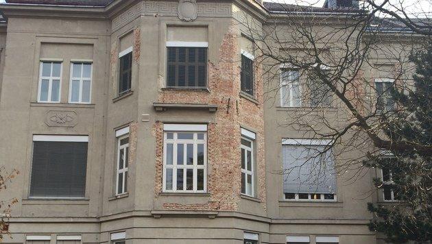 """Spitalsmisere: Ruinen und ein zu teurer Neubau! (Bild: """"Krone"""")"""