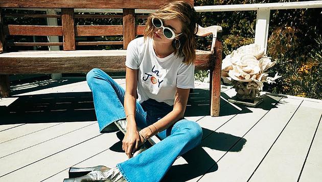 Miranda Kerr modelt für ihre eigene Jeans-Kollektion. (Bild: instagram.com/mirandakerr)