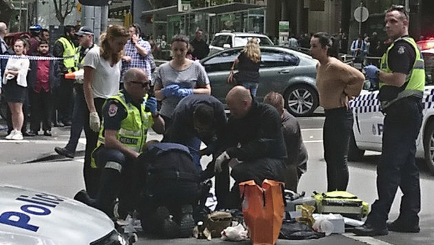 Australien: Mehrfachmord mit Auto in Fußgängerzone (Bild: AP)