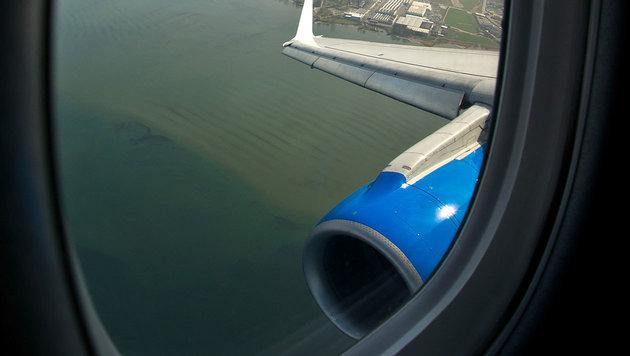 """Flug über Bodensee dauerte statt acht 100 Minuten (Bild: People""""s Viennaline/Tino Dietsche)"""
