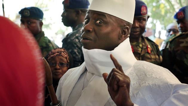 Der abgewählte Präsident Jammeh klammert sich an die Macht. (Bild: ASSOCIATED PRESS)