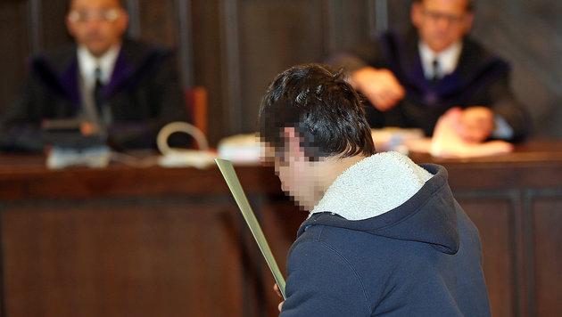 """Terrorverdächtiger (17): """"Schwöre IS die Treue!"""" (Bild: Peter Tomschi)"""