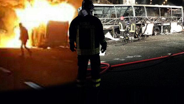 Bus mit Schülern ging in Flammen auf: 16 Tote (Bild: ASSOCIATED PRESS)
