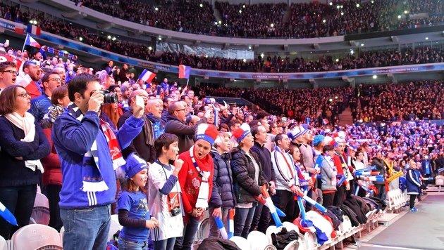 Frankreich vor Rekordkulisse ins Viertelfinale (Bild: AFP)