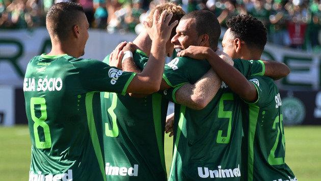 Neues Chapecoense-Team schafft 2:2 gegen Palmeiras (Bild: AFP)