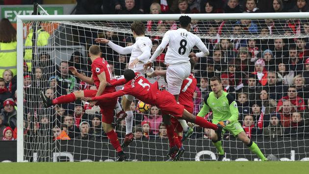 Manchester City vergeigt 2:0-Führung gegen Spurs (Bild: AP)