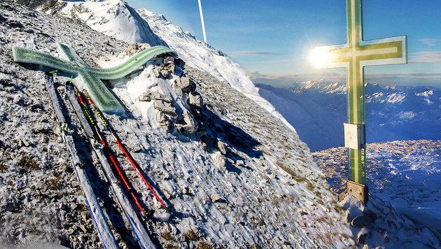 Rechts sieht man das Werk noch im Originalzustand, links das umgefallene Gipfelkreuz. (Bild: David Wallmann, Roland Steiner)