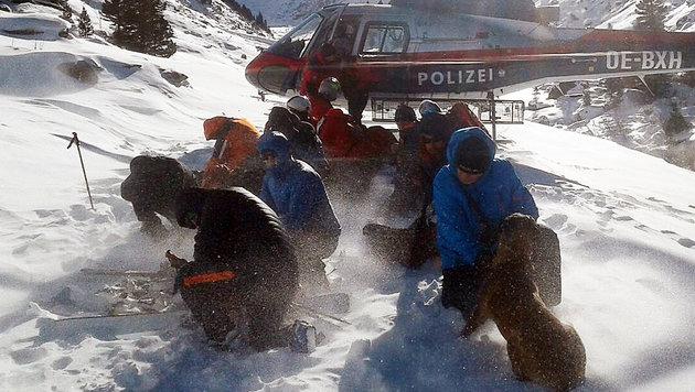 Zwei Tote bei Lawinenabgängen in Salzburg (Bild: APA/BERGRETTUNG KRIMML)