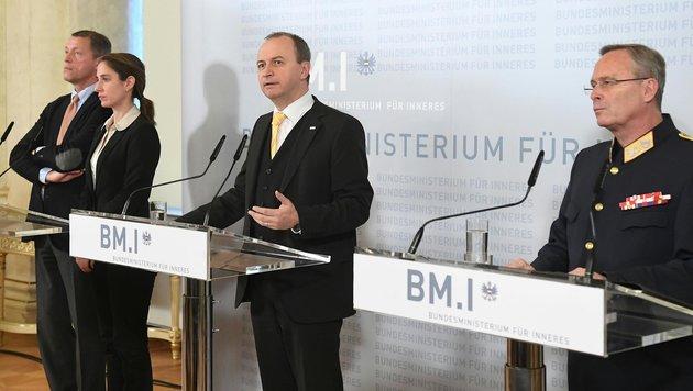 Christian Pilnacek, Nina Bussek, Konrad Kogler und Karl Mahrer (Bild: APA/HELMUT FOHRINGER)