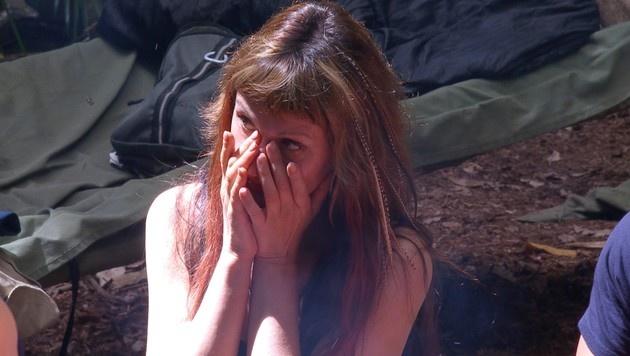 Hanka ist geschockt, als sie erfährt, dass sie ihre Dose hergeben muss. (Bild: RTL)
