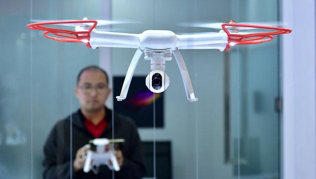 EU will Luftraum ab 2019 für Drohnen öffnen (Bild: AFP)