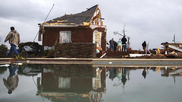 Tornado und Unwetter in den USA fordern Tote (Bild: ASSOCIATED PRESS)
