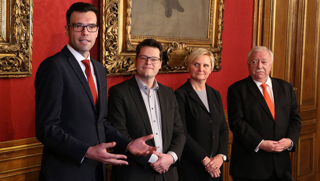 Heinrich Himmer, Jürgen Czernohorszky, Sandra Frauenberger und Michael Häupl (Bild: Zwefo)