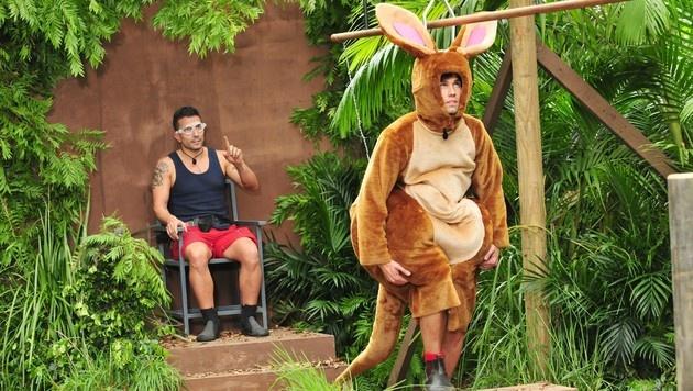 """""""Honey"""" und Marc bei der Dschungelprüfung (Bild: RTL)"""