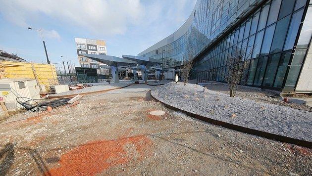 Die Dauerbaustelle Krankenhaus Nord (Bild: Martin A. Jöchl)