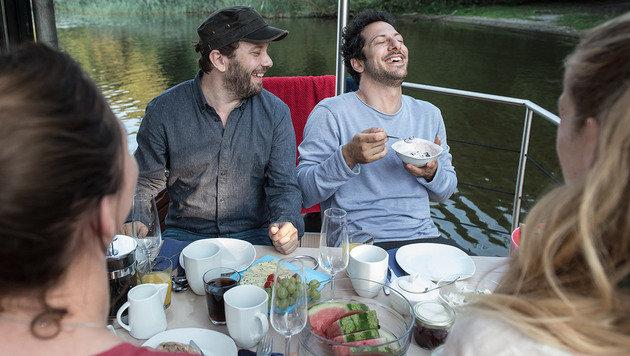 """""""Jerks"""" soll zum Serien-Vorreiter im Netz werden (Bild: maxdome/ProSieben/AndréŽ Kowalski)"""