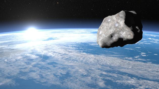 Mini-Asteroid schrammte nah an der Erde vorbei (Bild: thinkstockphotos.de)