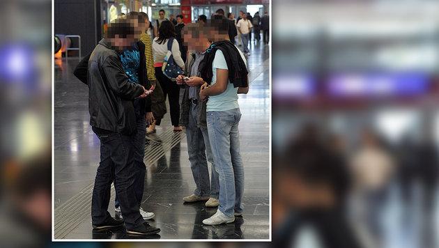 Auch Polizisten in Zivil sollen vermehrt in Bahnhöfen unterwegs sein. (Bild: Andi Schiel)