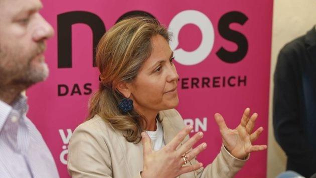 Stadträtin Barbara Unterkofler und Sepp Schellhorn (li.) wollen die NEOS auch in den Landtag führen. (Bild: Markus Tschepp)