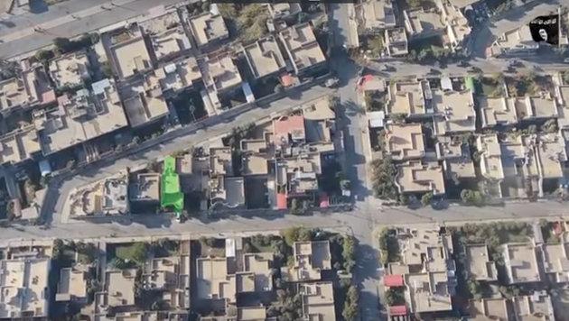 IS zeigt erstmals Video von Killer-Drohnen (Bild: YouTube.com)