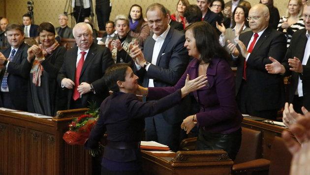 Tränen bei Amtsübergabe von Sonja Wehsely in Wien (Bild: Martin A. Jöchl)