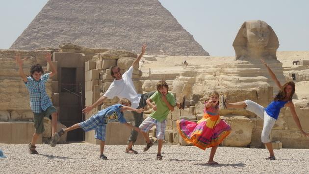 Diese Familie reist seit 17 Jahren um die Welt (Bild: APA/DPA/HERMAN ZAPP)