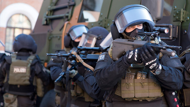 Anti-Terror-Großrazzien gegen radikale Islamisten (Bild: MBI/Jürgen Makowecz)