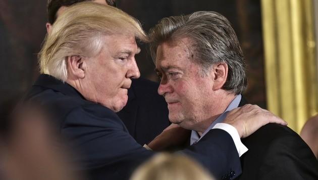 Trump und sein Chefstratege Bannon (Bild: AFP)