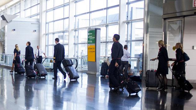 Muslimische Angestellte auf JFK-Airport beschimpft (Bild: AFP)