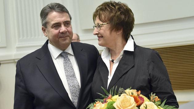 Brigitte Zypries wird Gabriels Nachfolgerin an der Spitze des Wirtschaftsressorts. (Bild: ASSOCIATED PRESS)
