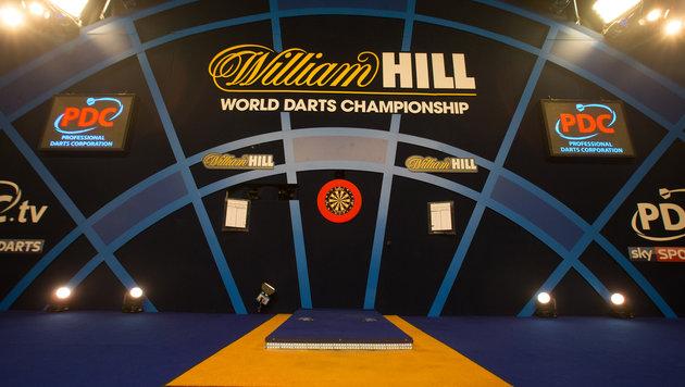 Darts-Legende Phil Taylor kündigt Karriereende an (Bild: AFP)