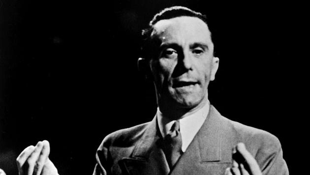 Goebbels bei einer seiner Reden (Bild: AFP)