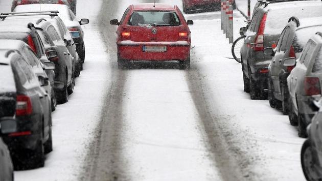 Osten Österreichs versinkt erneut im Schnee (Bild: APA/Helmut Fohringer)