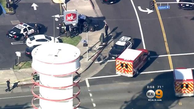 US-Cops erschießen Täter in Fast-Food-Restaurant (Bild: YouTube.com)