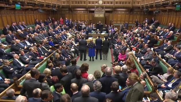 GB: Brexit-Gesetz nimmt erste Hürde im Parlament (Bild: AFP/PRU)