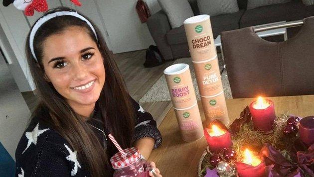 Sarah Lombardi will Pfunde mithilfe von Diät-Shakes loswerden. (Bild: face to face / Sarah Lombardi Instagram)