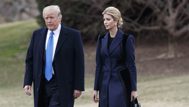 US-Präsident Donald Trump und Tochter Ivanka (Bild: Copyright 2017 The Associated Press. All rights reserved.)