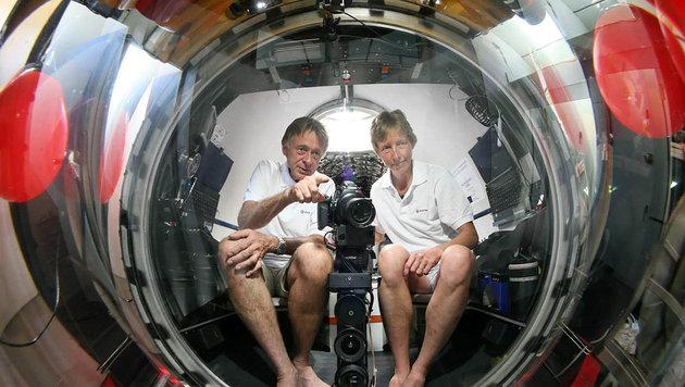 """Kirsten und Joachim Jakobsen im U-Boot """"LULA1000"""" (Bild: Evonik/Christoph Bauer)"""