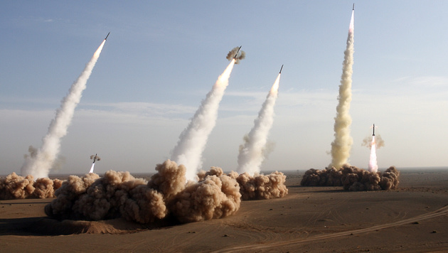 Raketentests im Iran (Bild: AFP)
