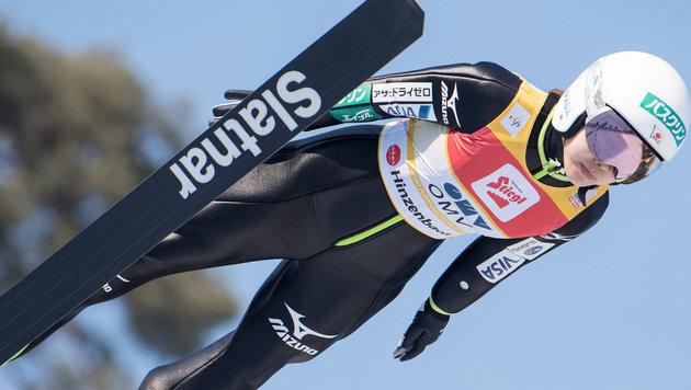 Takanashi holt in Hinzenbach 51. (!) Weltcup-Sieg (Bild: APA/EXPA/REINHARD EISENBAUER)