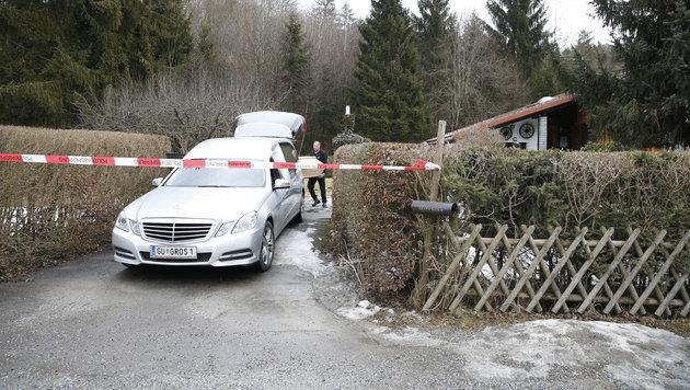 Steirerin entdeckt toten Professor in Hauseinfahrt (Bild: APA/ERWIN SCHERIAU)