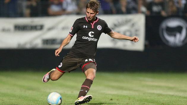 St.-Pauli-Kicker Marc Hornschuh im Einsatz (Bild: GEPA)