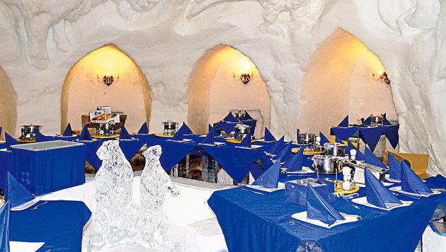 Ein Restaurant ganz aus Eis und Schnee. (Bild: Doris Vettermann, Kronen Zeitung)