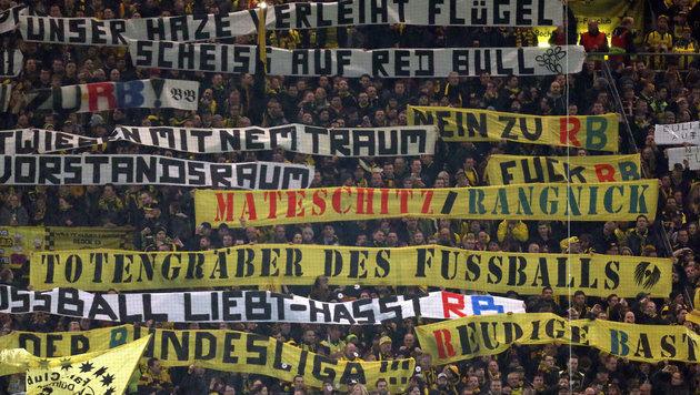 Fan-Skandal in Dortmund: Polizei sucht nach Zeugen (Bild: APA/dpa/Ina Fassbender)