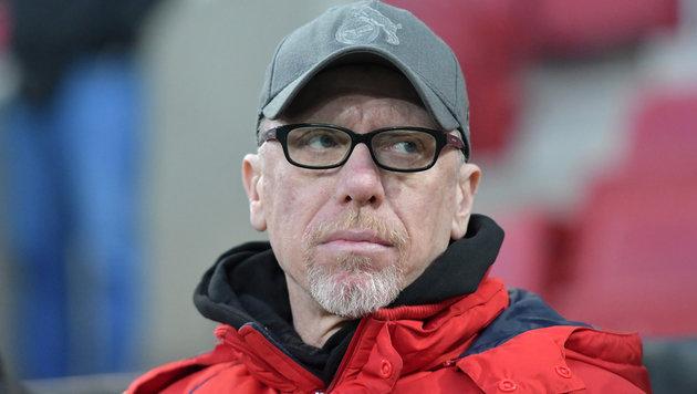 Peter Stöger mit 1. FC Köln im Cup ausgeschieden (Bild: GEPA)